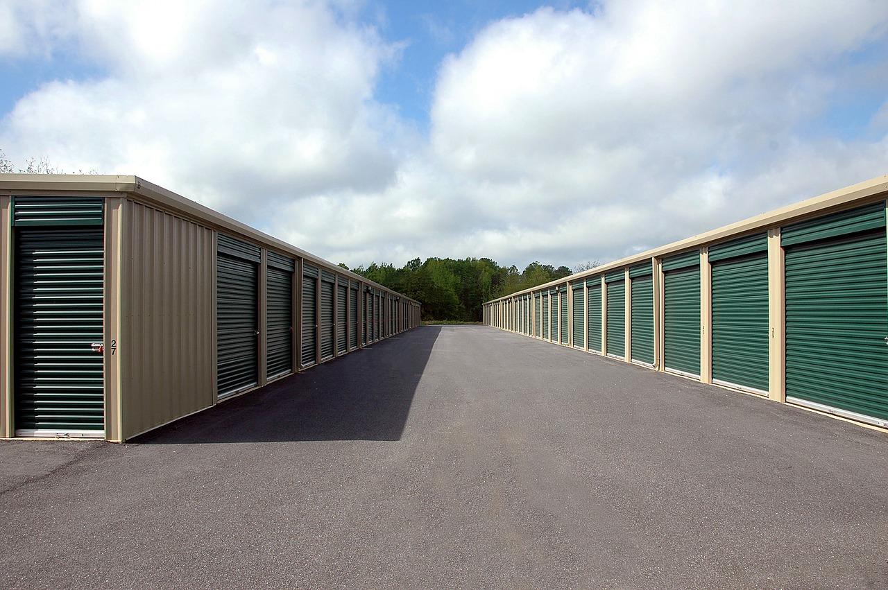 How 4Ds of Life Need You To Have A Self Storage Unit in Place?